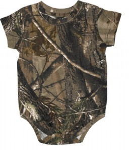 Realtree Camo Onesie (Small (3-6 Months))